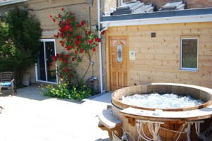 bubbling-hot-tub-and-patio