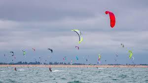 windsurfers.HI